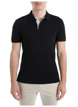 Polo 100% cotton pique finishes contrasting